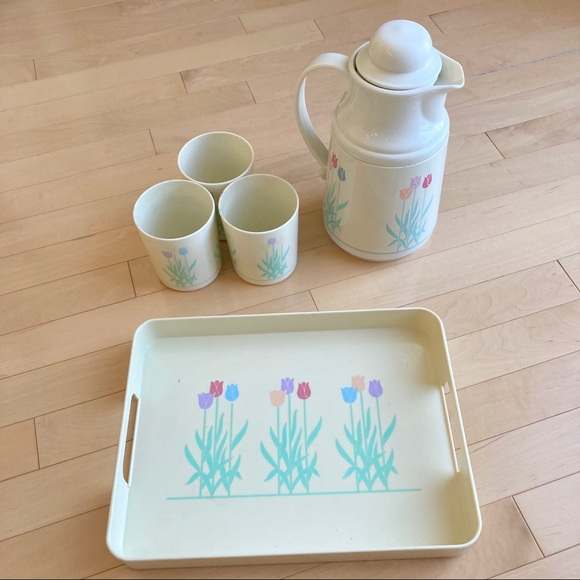 Vintage Other - Vintage tulip flowers pitcher, tray + cups set